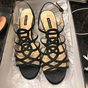 👠ALEX MARIE STRAPPY SHOES.EUC just like new!